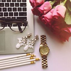 office glamour {flowers & baubles}