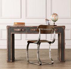 Voyager Steamer Desk