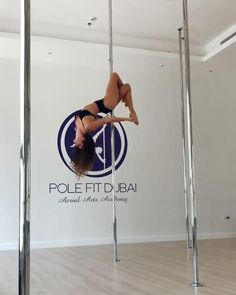 Pole Fitness Moves, Pole Dance Moves, Pole Dancing Fitness, Dance Tips, Dance Videos, Yoga Fitness, Exercise To Reduce Thighs, Do Exercise, Excercise