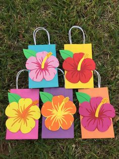 New Flowers Birthday Party Products Ideas Aloha Party, Hawaii Birthday Party, Moana Birthday Party Theme, Moana Themed Party, Hawaiian Luau Party, Hawaiian Birthday, Birthday Party Favors, Moana Party Bags, Flamingo Party