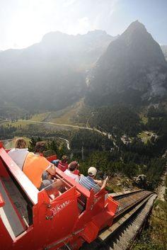 Najstrmšia lanovka Európy je vo Švajčiarsku | Dromedár.sk