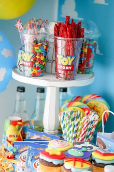 Toy Story 4 Theme Party How to plan a Toy Story themed party Fête Toy Story, Bolo Toy Story, Toy Story Baby, Toy Story Theme, Toy Story Food, Toy Story Crafts, 4th Birthday Parties, Baby Birthday, Third Birthday