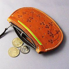 Hand-sewn leather coin purse lcc0081