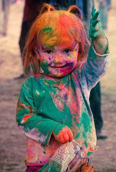 Mama, ich habe die Farbe, die du versteckt hast, gefunden