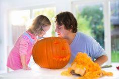 Jak wyciąć dynię na Halloween? - film