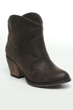 Rocket Dog Sound Off Booties In Brown
