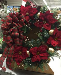 traditional christmas wreath floral design 2015 tara powers michaels of midlothian va - Michaels Christmas Wreaths