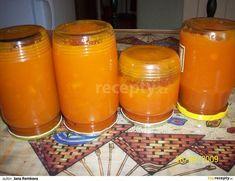 Mrkev očistíme a nakrájíme na kousky, zalejeme sběračkou vody, přidáme nastrouhanou kůru z pomeranče a vaříme doměkka. Pokud je třeb, přilejeme...
