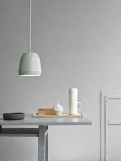 Beautiful lamp - http://www.leuchtend-grau.de/2014/06/lichtspiele-lampe-mingus.html  #lamp #minimal #Minimalism #CecilieManz