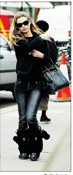 Kate Moss in Manitobah Mukluks Apres Ski, Kate Moss, Fashion Outfits, Fashion Styles, Winter Outfits, Fashion Beauty, Winter Fashion, Cute Outfits, Hudson Bay