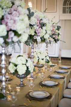 @RittenhouseDE does full-service wedding planning, wedding day management & floral design: https://elitebridalevents.wordpress.com/2015/03/06/exhibitor-highlight-rittenhouse-designs-events/