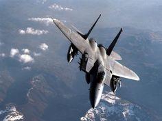 Fotografia avion de guerra en vuelo  [23-10-15]