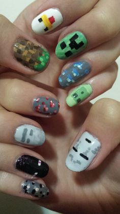 Minecraft nails! Via Reddit user @kajaclair