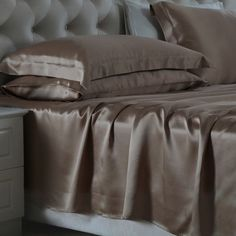 Coffee,#oosilk #silk #sheet with the best pure silk, a soft comfortable and luxury sense enjoyed, adjust to your temperature, defend against dust mites  From https://www.oosilk.com/us/silk-flat-sheets-c.html