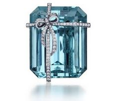 a beautiful stone with a diamond gift wrap? Yes, PLEASE!