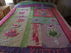 Precious quilt - machine quilted by Raylene Smith.  What a fantastic job!!  Pattern by Amy Bradley Designs