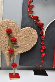 57 Super Ideas For Flowers Wreath Centerpiece Valentines Day Decorations, Valentine Day Cards, Valentines Diy, Deco Floral, Arte Floral, Floral Design, Red Design, Flower Crafts, Flower Art