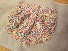 Gathered Patch Pocket Tutorial | Guthrie & Ghani