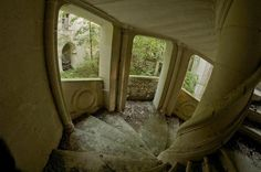 Preservationists Fight To Save Forgotten French Castle http://www.wimp.com/forgotten-french-castle/