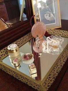 Beautiful elegant vanity tray with mirror~ gold filigree edges. [SOLD]
