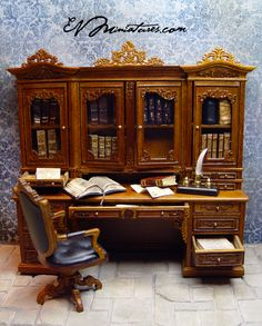 EV Miniatures: Bespaq Ginsburg Library set with Leather Bound Books