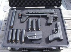 Glock 19 & a Kel Tec Sub2000 9mm that's what this is ... but I have it in .40cal  this is good for close quarters