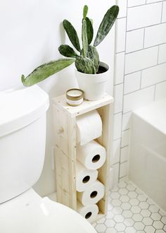 What's NEW in Contemporary Farmhouse DIY Crafts - The Cottage Market - Toilet paper Farmhouse Toilet Paper Holders, Toilet Paper Holder Stand, Bathroom Toilet Paper Holders, Wooden Crafts, Wooden Diy, Diy Crafts, Red Home Decor, Contemporary Home Decor, Farmhouse Contemporary