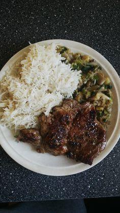Vepřová kotleta, basmati rýže, Hlíva ustřičná na pórku a kmínu.