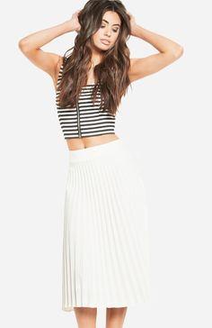 9da975b443 DailyLook: JOA Pleated Midi Skirt in Ivory XS - L Guides De Style, Full