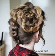 Upside down flower braid from @braidsandstyles12, an elegant holiday hairstyle