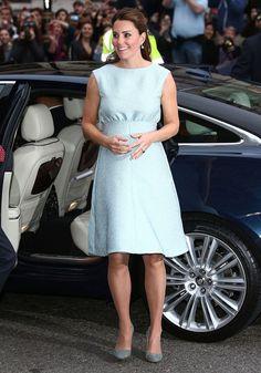 Kate Middleton wows in pastel Emilia Wickstead dress - Yahoo! Lifestyle UK