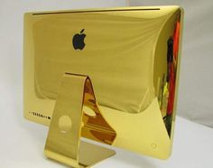 Introducing the $30,000 Mac Book Pro – Covered in 24 carat gold