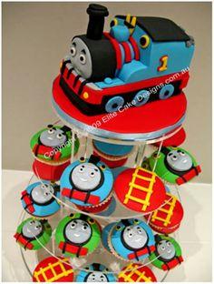 Thomas the Tank Engine Cupcakes!! sooo cool