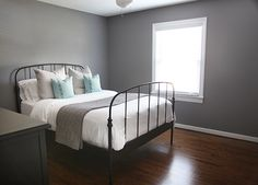 Best Natural Grey Behr Never Considered Pale Grey For A Bedroom Before I Like Gray Living 640 x 480