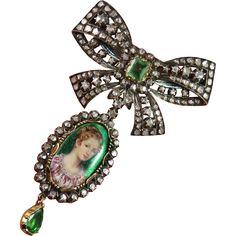Exquisite Georgian Emerald Diamond Stomacher Brooch Pendant Set Enamel Miniature Portrait Stomacher Day Night Bow Brooch Pendants Set 18K Gold Silver