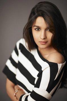 Alia Bhatt Beautiful HD Photoshoot Stills Indian Celebrities, Bollywood Celebrities, Bollywood Actress, Female Celebrities, Bollywood Stars, Bollywood Fashion, Bollywood Outfits, Bollywood Photos, Indian Bollywood