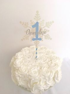 Winter Onederland Cake Topper ~Winter Onederland Cake Topper~ Smash Cake Topper ~ First Birthday Cake Topper~ Snowflake Topper ~ Name topper
