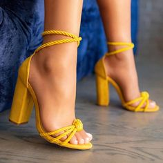 high heels – High Heels Daily Heels, stilettos and women's Shoes Pretty Shoes, Beautiful Shoes, Cute Shoes, Me Too Shoes, Heeled Boots, Shoe Boots, Shoes Heels, Heeled Sandals, Rope Sandals
