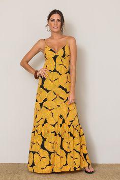 344a25827 O melhor da moda feminina carioca: vestidos, saias, calças, macacão lisos e  estampados. Sua loja de roupas online. Entre e confira!
