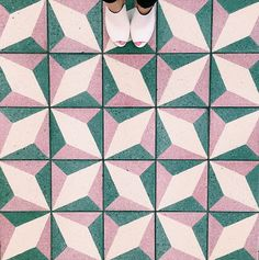 on the V&A Waterfront in Cape Town, South Africa. Portugal - Lagos, Praia do Camilo Floor Patterns, Tile Patterns, Pattern Art, Textures Patterns, Pattern Design, Print Patterns, Deco Rose, Graffiti, Pink Tiles