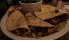 In the middle of #nowhere (aka #JoshuaTree) there's a restaurant with #DeliciousFood. Behold, the #CrossroadsCafe!  http://ieweekly.com/2013/11/web-only/biteme/at-the-crossroad/