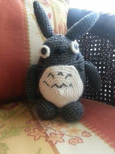 """Totoro. De la pelicula de """"Mi vecino Totoro"""" 😙"""