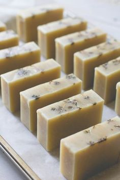 Cocoa Butter Cold Process Soap Recipe with Grapefruit + Thyme #soapmakingbusiness