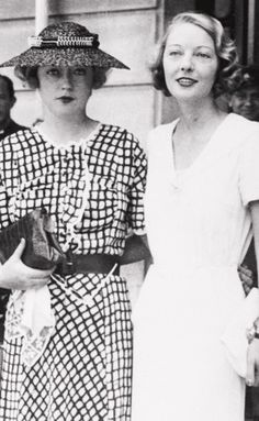 Marion Davies and Dorothy Mackaill on vacation in Spain Hollywood Icons, Old Hollywood Glamour, Classic Hollywood, Olive Thomas, Marie Prevost, Bessie Love, Marion Davies, San Simeon, Glamour Shots