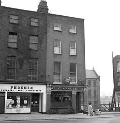 Junction of Summerhill Parade and Rutland Street. Ireland Pictures, Old Pictures, Old Photos, Dublin Street, Dublin City, Photo Engraving, Dublin Ireland, Historical Photos, History