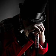 It's a hard job being the ringmaster of a Circus such as this one. Story Inspiration, Writing Inspiration, Character Inspiration, Circus Aesthetic, Dark Circus, Night Circus, The Greatest Showman, Big Top, Sideshow
