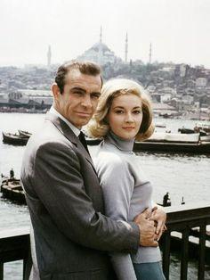 James Bond Women, James Bond Actors, James Bond Style, Best James Bond Movies, James Bond Movie Posters, Casino Royale, Sean Connery James Bond, Bond Series, Bond Girls