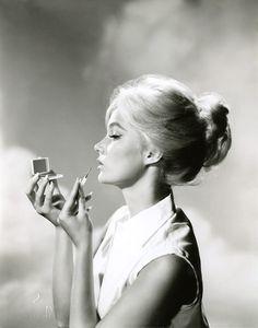 Yvette Mimieux - 1959 Publicity Photo. Source: http://jeanjeanie61.tumblr.com/post/55677389965