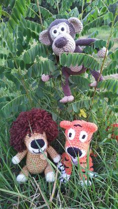 crochet tiger, lion, monkey