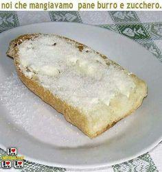 Credevo lo facesse solo mia madre! XD Che bontà quei panini. E che disastro la golosità per il burro, poi °_°